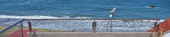 Varadero Apartment Family Mit Meerblick Terrasse Am Canteras Strand 6 Personen Ferienwohnung In Las Palmas De Gran Canaria